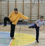 Занятия с детьми и родителями в школе Тунга